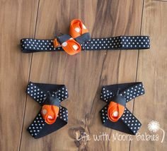 Orange ribbon ladybugs are a great way to mix and match your babys interchangeable barefoot baby sandals. These cute lady bugs are a little different since they are orange instead of red!  The set comes with two orange ribbon ladybugs on an alligator clip to use on a headband or as a hair clip as well as two ribbon ladybugs set with a snap to use on our interchangeable barefoot baby sandals. **This set can be purchased with or without the barefoot sandals and headband set. Please message me…