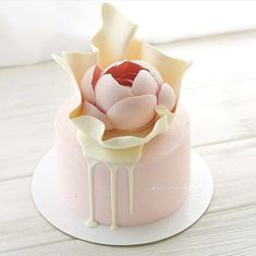 Buttercream Cake, Fondant Cakes, Cupcake Cakes, Frosting, Fancy Desserts, Köstliche Desserts, Beautiful Cakes, Amazing Cakes, Chocolate Cake Toppers