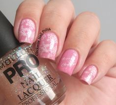 The Clockwise Nail Polish: Mollon Pro 206 Peach Sparkle Review & Christmas Nail Art