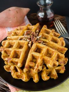 Whole Wheat Sweet Potato Waffles are light, fluffy whole wheat waffles with the warm flavor of sweet potato and cinnamon! Sweet Potato Waffles, Pancakes And Waffles, Sweet Potato Recipes, Easy Brunch Recipes, Waffle Recipes, Breakfast Recipes, Brunch Ideas, Breakfast Time, Breakfast Ideas