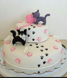 Marvelous Inspiration Kitten Birthday Cake And Aesthetic 1 Edible Fondant Cat Kitty Birthday Pet Cake Topper Delicious Cakes - All Cakes Deco Cupcake, Cupcake Cakes, Cat Cakes, Beautiful Cakes, Amazing Cakes, Bolo Sofia, Fondant Cat, Kitten Cake, Birthday Cake For Cat