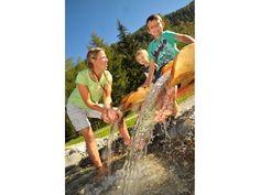 #VIAGGI #Vacanze 2013: l'estate #lowcost con la famiglia al mare, in montagna o all'estero! #Trentino #AltoAdige, #Italia http://www.veraclasse.it/articoli/viaggi/hotel/vacanze-2013-lestate-low-cost-al-mare-e-in-montagna-con-la-famiglia/10577/