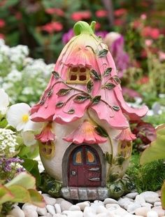 Flower Fairy House Led - pinupi love to share Twig Crafts, Fairy Crafts, Clay Crafts, Mini Fairy Garden, Fairy Garden Houses, Clay Fairies, Flower Fairies, Clay Fairy House, Gnome House