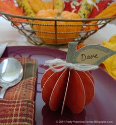 Printable Fall Decorations and Thanksgiving Place Cards