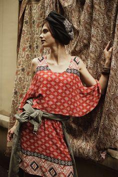 Midi Dresses – Sukienka z odsłoniętymi ramionami - rudy – a unique product by Blue-Shadow on DaWanda