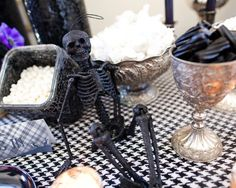 Halloween Tablescapes Design, Pictures, Remodel, Decor and Ideas