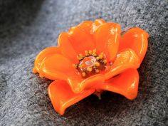 Glasperlen  handgefertigte Blumen von JewelryBeadsByKatie auf Etsy