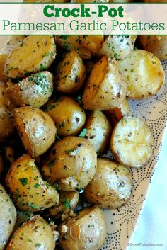 Crock-Pot Parmesan Garlic Potatoes - Baby potatoes are perfectly seasoned with simple dried herbs, olive oil and butter and then cooked to perfect tenderness in this recipe. Then, once the potatoes are cooked they are tossed in Parmesan cheese right before serving for the perfect slow cooker side dish! [Gluten Free, Low Calorie, Low Carb, Low Sodium, Low Sugar, Vegetarian & 10 Weight Watchers SmartPoints per serving) #crockpotladies #crockpot #slowcooker #recipes #potatorecipes…
