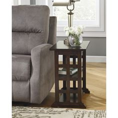 Found it at Wayfair - Suffolk End Table