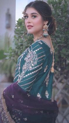 Latest Bridal Dresses, Asian Bridal Dresses, Simple Pakistani Dresses, Pakistani Wedding Outfits, Pakistani Dress Design, Stylish Dresses For Girls, Wedding Dresses For Girls, Party Wear Dresses, Indian Designer Outfits