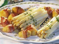 Asparagus with Ham Potatoes - Asparagus with Ham and Potatoes Recipe EAT SMARTER You are in the right place about dinner recipes f - Crock Pot Recipes, Chicken Recipes, Healthy Chicken, Ham And Potato Recipes, Ham Recipes, Healthy Dinner Recipes, Vegetarian Recipes, Evening Meals, Eat Smarter