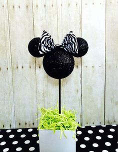 HEAD ONLY with bow. Custom Pink Minnie Mouse birthday centerpiece by ArisPaperClouds