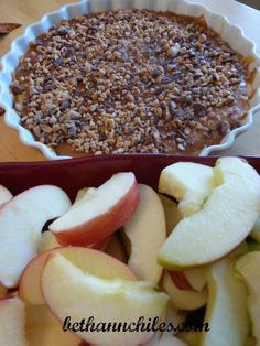 Tasty Apple Dip - The Perfect Fall Treat #recipe #northiowabloggers Beth Ann Chiles It's Just Life donnahup