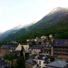 Y'a quelque chose de magique ici  #cauterets#pyrenees#npy#montagne#chill#paradis by mandou_blsqz