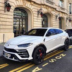 The Prestige of Italian Sports Cars Luxury Sports Cars, Top Luxury Cars, Luxury Suv, Sport Cars, Luxury Yachts, Luxury Travel, Lamborghini Gallardo, Lamborghini Cars, Bugatti