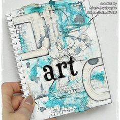 How to make mini journal page for @lindysgang + VIDEO TUTORIAL on my YouTube channel : Maremi SmallArt #journal #artjournaling #journalpage #journaling #journalspread #colourchallenge #visualdiary #visualart #lindystampgang #sprays #mixedmedia #scrapbook | by MaremiArt