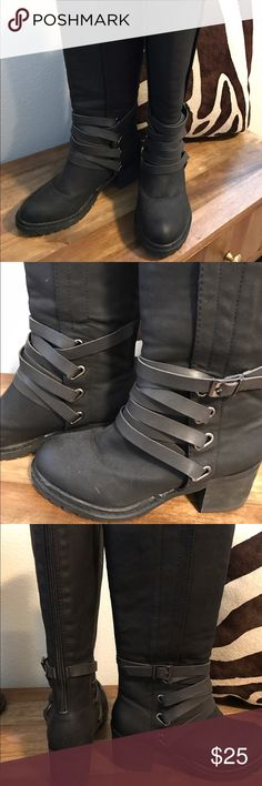 Olivia Miller black strappy motorcycle boots. Brand new never worn black boots. Wrap straps and a chunky heel. Color is matte black. Shoes Heeled Boots