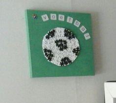 Voetbal van puzzestukjes.