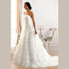Sexy Strapless Wedding Dresses 2015 White Organza Ruffles Bridal Gown Sweep Train Lace Up Wedding Gowns Vestido De Novia Vintage