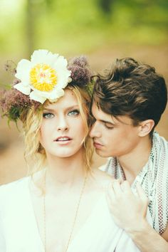 Bohemian nouveau styled wedding - photo by Off BEET Productions http://ruffledblog.com/bohemian-nouveau-styled-wedding