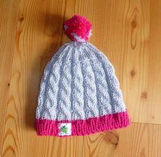 Mütze, handgestrickt, flauschig weich und warm