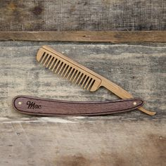 Straight Razor Beard Comb - Handmade Folding Wood Mustache Grooming Accessory with Hardwood Scales and Bamboo Straight Razor Bart KammStraight Razor Bart Kamm Vintage Straight Razors, Cnc, Beard Grooming, Mustache Grooming, Bois Diy, Beard Care, Gifts For Wedding Party, Party Gifts, Gifts For Husband