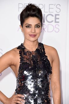 Pin for Later: Every Gorgeous Hair and Makeup Look From the People's Choice Awards Priyanka Chopra The stunning star rimmed her eyes with a sultry gray liner. Celebrity stylist Castillo used Joico's Flip Turn ($17) to keep her updo in place.