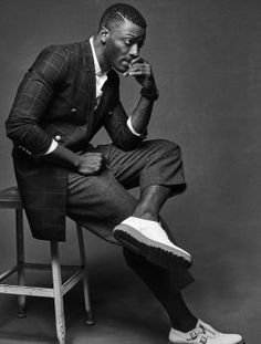 Aldis Hodge Emerges from the Underground - Interview Magazine Black Male Models, Male Models Poses, Male Poses, Idriss Elba, Photographie Portrait Inspiration, Photography Poses For Men, Portrait Photography Men, Sitting Poses, Men Photoshoot