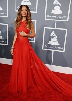 Rihanna:            Rihanna       Allison quite literally lit up the red carpet in Kaufman Franco.        Beyoncé has never looked better — so chic!        Taylor Swift's J. Mendel was just stunning.        I can't get over Rihanna's gorgeous gown.