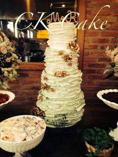 Wedding cake Bolo de casamento  Biscuit