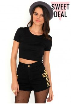 d11fea3eb4 Missguided - Kadisha Value Round Neck Crop Top In Black My Wish List