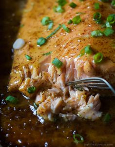Dijon Maple Glazed Salmon is one of my favorite quick healthy dinner recipes, full of tangy sweet flavor from only 3 ingredients with a whooping 218 calories per serving! A definite must have in your recipe archive! Best Salmon Recipe, Healthy Salmon Recipes, Easy Healthy Dinners, Quick Easy Meals, Fish Recipes, Seafood Recipes, Cooking Recipes, Easy Dinners, Quick Easy Dinner