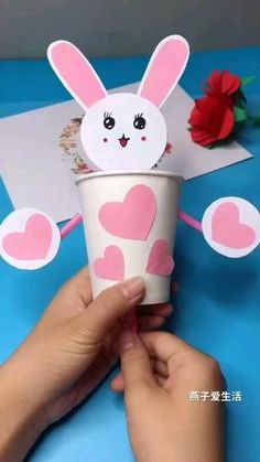 Paper Crafts Origami, Diy Crafts For Gifts, Paper Crafts For Kids, Craft Activities For Kids, Creative Crafts, Preschool Crafts, Diy For Kids, Fun Crafts, Crafts For Children