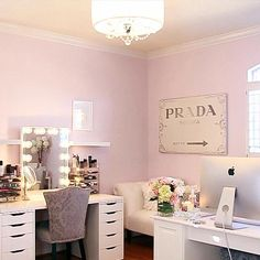 Makeup Room Ideas room DIY (Makeup room decor) Makeup Storage Ideas For Small Space - Tags: makeup room ideas, makeup room decor, makeup room furniture, makeup room design My New Room, My Room, Rangement Makeup, Vanity Box, Vanity Ideas, Glam Room, Woman Cave, Makeup Rooms, Room Closet