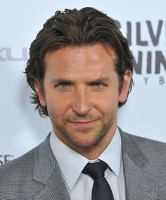 Actors with beards aren't a modern phenomenon; although, it is impressive how the bearded look has spread like wildfire through Hollywood. Nowadays, male celebrities are growing out whatever facial hair…View Bradley Cooper Haare, Bradley Cooper Haircut, Jennifer Esposito, Beard Look, A Star Is Born, Harrison Ford, Christian Grey, Hollywood Actor, Dakota Johnson