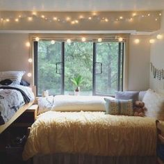 Stunning and cute dorm room decorating ideas (4)