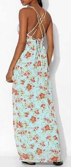 beautiful chiffon maxi dress  http://rstyle.me/n/jtq4rpdpe