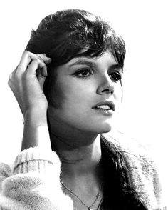 Katharine Ross played in movies, The Graduate, Butch Cassidy & the Sundance Kid, Stepford Wives, & Hellfighters among many others.