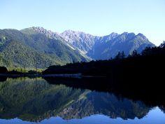 長野・上高地 明け方の大正池 Taishoike pond, Kamikochi,Nagano,Japan