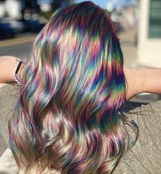 Oil Slick Hair Is The Perfect Hair Color Trend For Brunettes - Icon People - Ideas of Icon People - Brunettes get ready to hop on board with the newest hair trend! Oil slick hair was made with you in mind so colored hair is possible without bleaching. Exotic Hair Color, Cool Hair Color, Oil Slick Hair Color, Perfect Hair Color, Hair Color Ideas, Hair Goals Color, Hair Dye Colors, Rainbow Hair Colors, Hair Colors