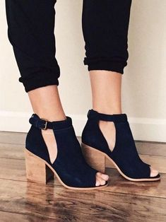 """Style : Booties Heel Height : 3 7/8"""" Main Color : Black Main Material : Faux Suede Fit : True to Size Silver buckle peep toe Faux stacked heel"""