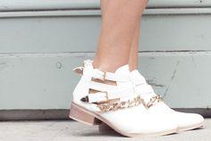 Chaussures de mariée style rock - Boots: Modress - La Fiancée du Panda blog Mariage et Lifestyle