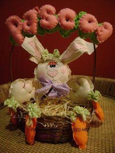 Cesta para decoração de Páscoa,excelente para colocar bombons ou ovos R$ 70,00