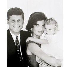 Jacqueline Kennedy Onassis, John Kennedy, Estilo Jackie Kennedy, Senator Kennedy, Jaqueline Kennedy, Les Kennedy, Caroline Kennedy, Greatest Presidents, American Presidents