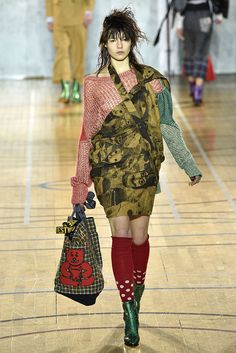 fe6d35d4ee21 Vivienne Westwood Fall 2017 Menswear Collection - Fashion Unfiltered