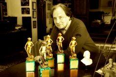 """Note in lutto, morto Riz Ortolani, l'autore del tema de """"Il Sorpasso"""" http://tuttacronaca.wordpress.com/2014/01/23/note-in-lutto-morto-riz-ortolani-lautore-del-tema-de-il-sorpasso/"""