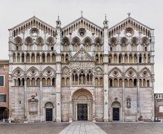 Catedral de Ferrara, Italy --forma es vacío, vacío es forma: Markus Brunetti - fotografía, monumentos
