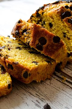 Chocolate Chip Pumpkin Bread with an insanely moist inside will be your ultimate pumpkin recipe in fall! Homemade pumpkin puree is included in the recipe! | giverecipe.com | #pumpkin #bread #baking #cake #fallrecipes #fall #pumpkinbread #dessert #breakfast