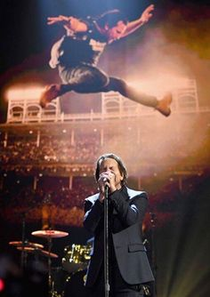 Rock and Roll Hall of Fame #PearlJam