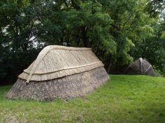 Kontyos tető - ősi , magyar népi építészet - Ócsa / Ancient Hungarian architecture